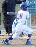 学童野球プレー