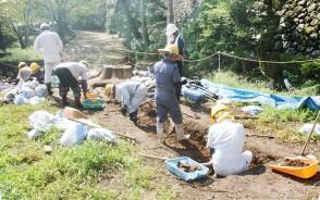 松坂城跡の発掘調査