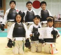 日本拳法で優勝の選手ら