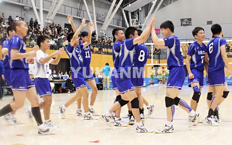 高校バレー男子_歓喜