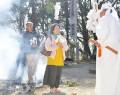近長谷寺で火渡り