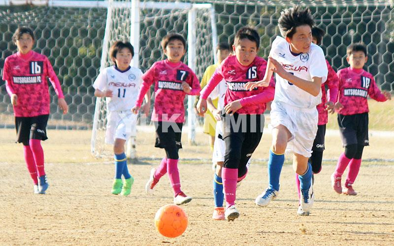少年サッカーJA杯プレー