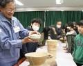 小野江小で土器など出前授業