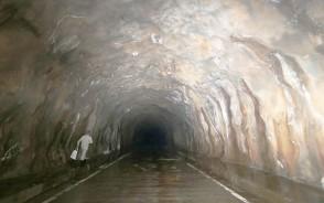 191030蓮ダムのトンネル