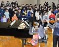 200220佐奈小で演奏会