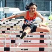 200825【陸上競技】女子100MHを制した嬉野中の大森さん
