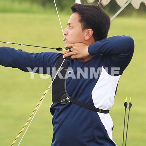 200908アーチェリー山田選手