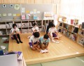 201002揥水小の図書室