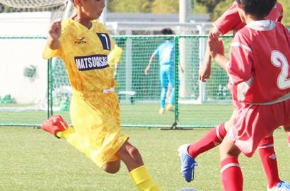 201012フジパン杯サッカー松ヶ崎プレー
