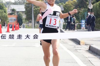 201109県高校駅伝-女子津商の西口選手