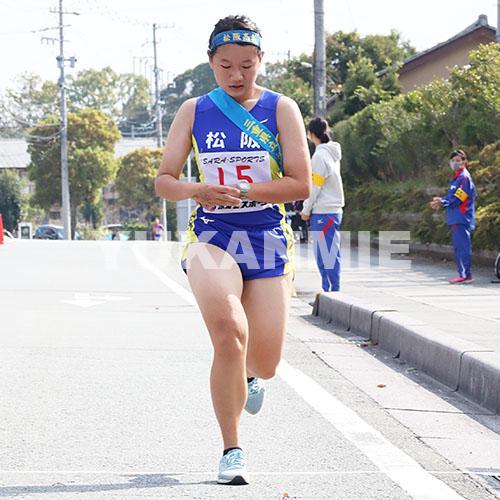 201109県高校駅伝・女子松阪の長野主将