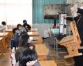 210203松江小でミエムが出前授業