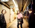 グッドモーニングサンシャインの(右から)都倉さん、野崎さん、田中さん=日野町で(提供)