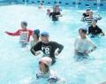 210714佐奈小で着衣水泳