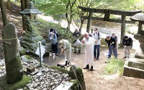 210727堀坂山で竹上げ祭